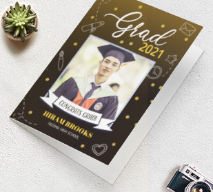 Jumbo sized greeting cards to congratulate the graduate