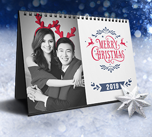 holiday themed personalized full color calendars